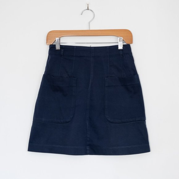 H&M Navy Fitted Mini Skirt with Pockets & Belt Loops, Size 6